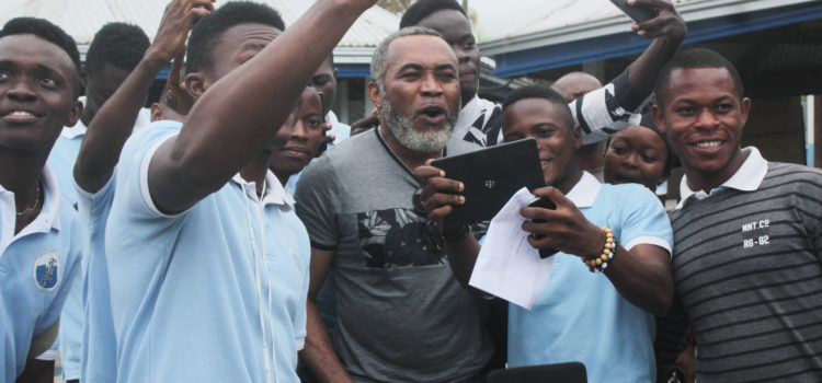 Nigerian Movie star Zack Orji visits CUIB